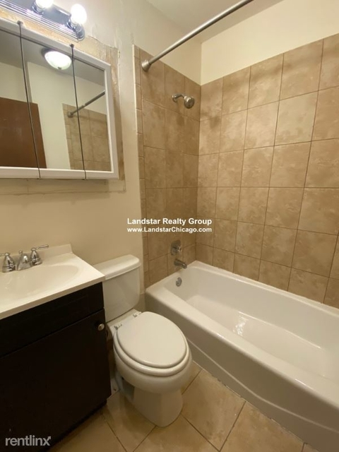 3 Bedrooms, Wrightwood Rental in Chicago, IL for $2,625 - Photo 1