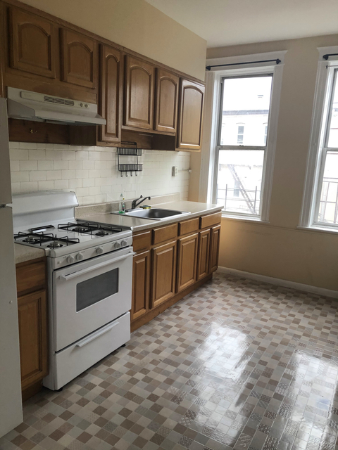 2 Bedrooms, USA Rental in  for $2,100 - Photo 1