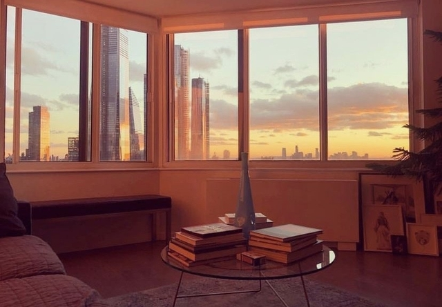 Studio, Hell's Kitchen Rental in NYC for $2,470 - Photo 1