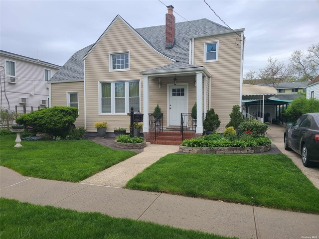 2 Bedrooms, Hollis Rental in Long Island, NY for $2,000 - Photo 1