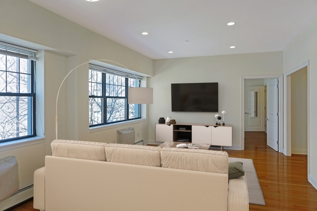 2 Bedrooms, Brooklyn Heights Rental in NYC for $4,725 - Photo 1