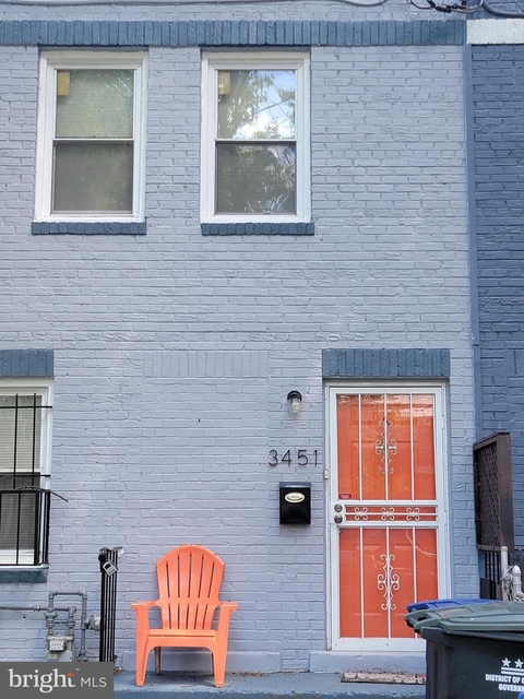 3 Bedrooms, Fort Dupont Rental in Baltimore, MD for $1,850 - Photo 1