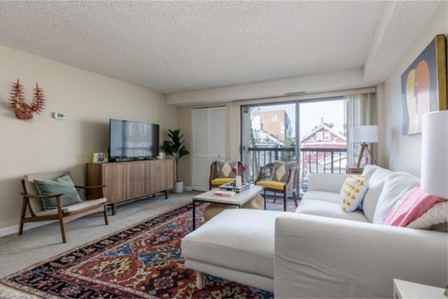 3 Bedrooms, Riverside Rental in Boston, MA for $3,600 - Photo 1