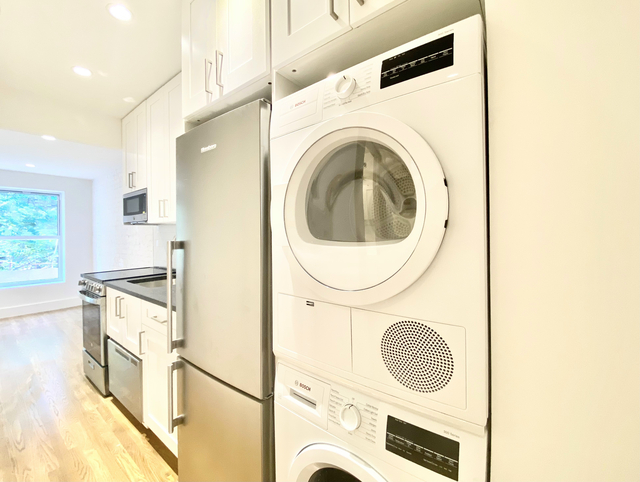 1 Bedroom, West Village Rental in NYC for $3,392 - Photo 1