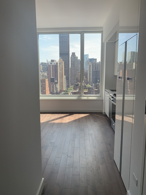 Studio, Midtown East Rental in NYC for $3,383 - Photo 1