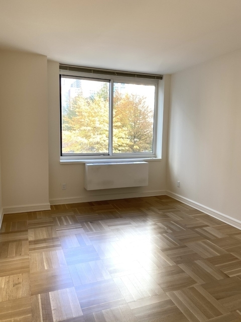 1 Bedroom, Lincoln Square Rental in NYC for $5,085 - Photo 1