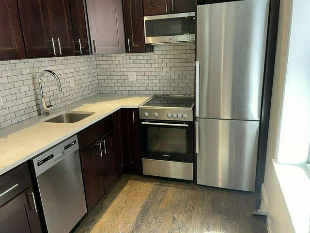 3 Bedrooms, Bushwick Rental in NYC for $2,666 - Photo 1