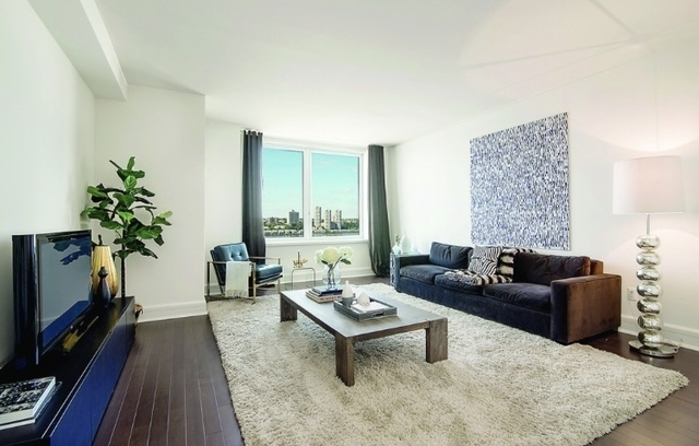 2 Bedrooms, Lincoln Square Rental in NYC for $8,410 - Photo 1