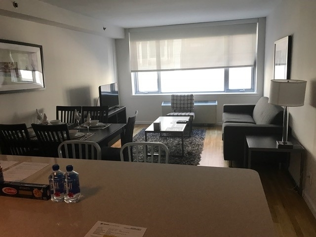 2 Bedrooms, Chelsea Rental in NYC for $6,391 - Photo 1