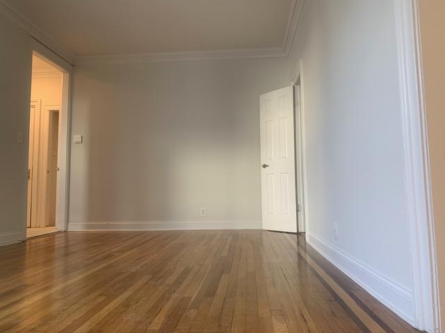 2 Bedrooms, Astoria Rental in NYC for $2,104 - Photo 1