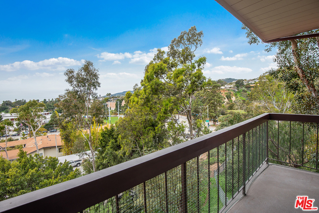 2 Bedrooms, The Alphabet Streets Rental in Los Angeles, CA for $3,995 - Photo 1