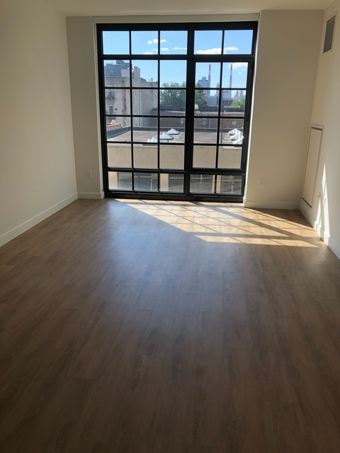 1 Bedroom, Long Island City Rental in NYC for $2,531 - Photo 1
