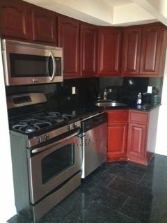 3 Bedrooms, Astoria Heights Rental in NYC for $3,000 - Photo 1