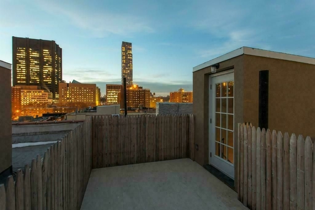 2 Bedrooms, Alphabet City Rental in NYC for $4,487 - Photo 1