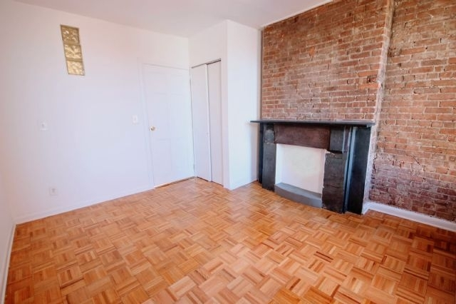 1 Bedroom, West Village Rental in NYC for $2,567 - Photo 1