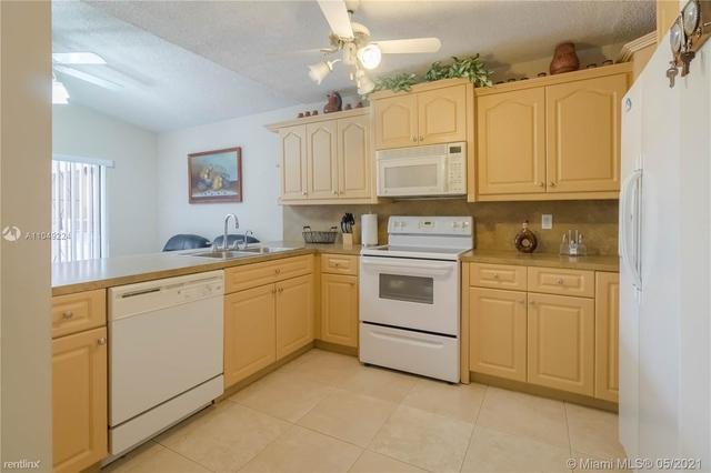 3 Bedrooms, El Prado by The Lake Rental in Miami, FL for $2,450 - Photo 1