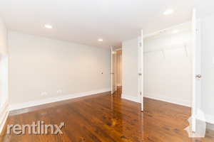 2 Bedrooms, Wrightwood Rental in Chicago, IL for $2,400 - Photo 1