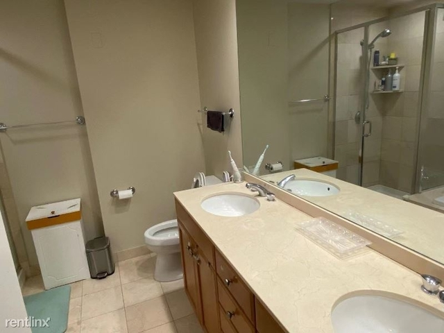 2 Bedrooms, Gold Coast Rental in Chicago, IL for $4,500 - Photo 1