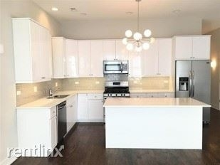 2 Bedrooms, Logan Square Rental in Chicago, IL for $2,719 - Photo 1
