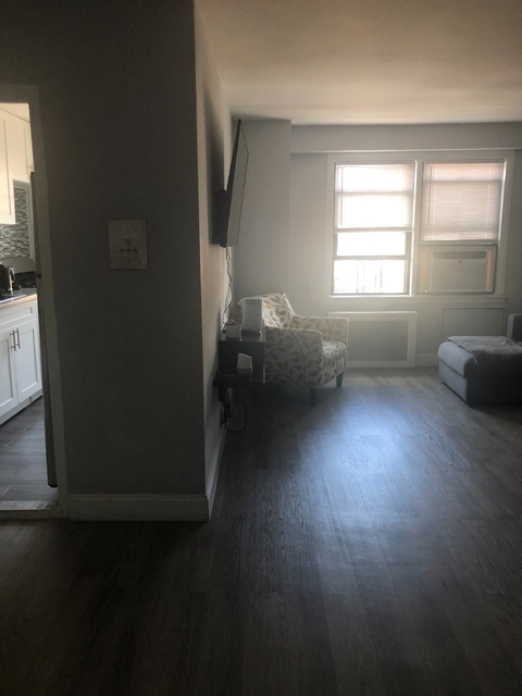 1 Bedroom, Pelham Bay Rental in NYC for $1,950 - Photo 1