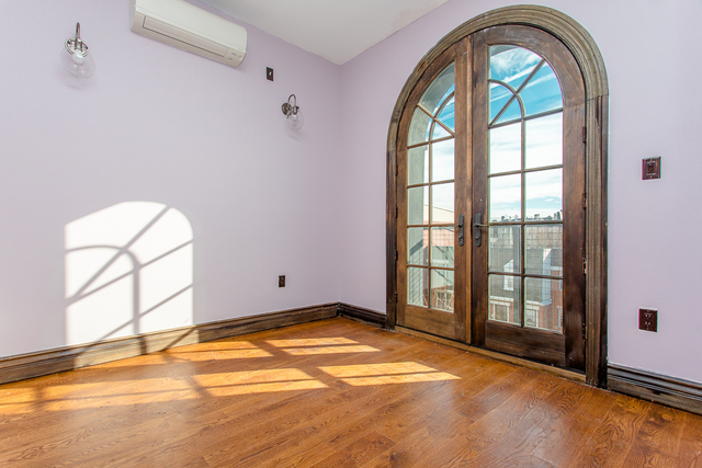 2 Bedrooms, Bushwick Rental in NYC for $2,590 - Photo 1
