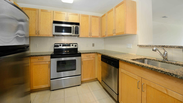 2 Bedrooms, Exchange Place North Rental in NYC for $4,750 - Photo 1