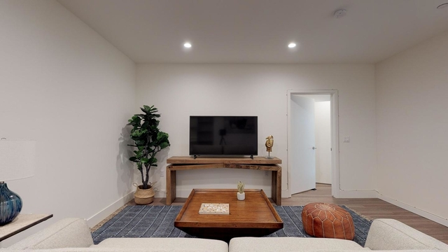 Room, Westgate Rental in Los Angeles, CA for $1,325 - Photo 1