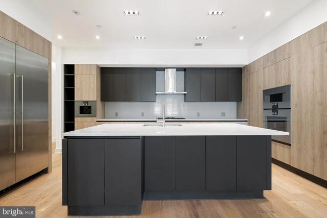 3 Bedrooms, Center City East Rental in Philadelphia, PA for $8,500 - Photo 1