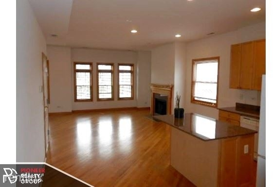 3 Bedrooms, Wrightwood Rental in Chicago, IL for $3,500 - Photo 1