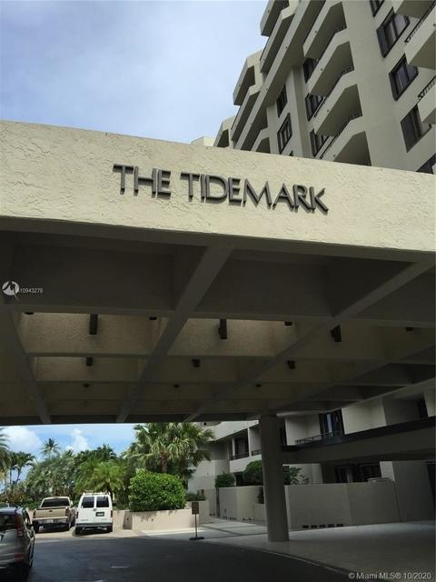 2 Bedrooms, Village of Key Biscayne Rental in Miami, FL for $6,000 - Photo 1