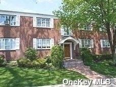 2 Bedrooms, Huntington Rental in Long Island, NY for $2,500 - Photo 1