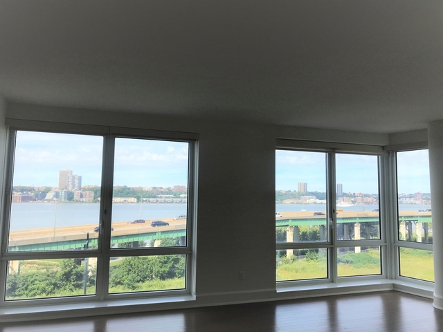 3 Bedrooms, Lincoln Square Rental in NYC for $14,525 - Photo 1