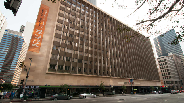 2 Bedrooms, Financial District Rental in Los Angeles, CA for $4,915 - Photo 1
