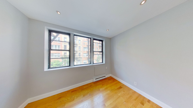 2 Bedrooms, Yorkville Rental in NYC for $2,108 - Photo 1