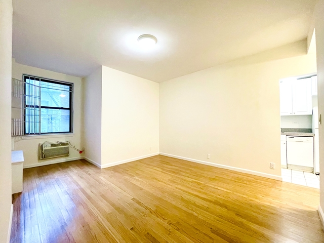 1 Bedroom, Yorkville Rental in NYC for $2,685 - Photo 1