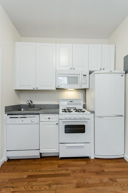 Studio, Upper West Side Rental in NYC for $1,558 - Photo 1