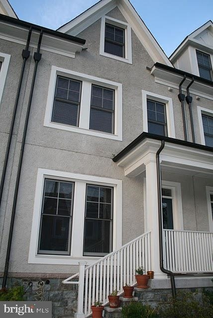 2 Bedrooms, Silver Spring Rental in Washington, DC for $3,400 - Photo 1