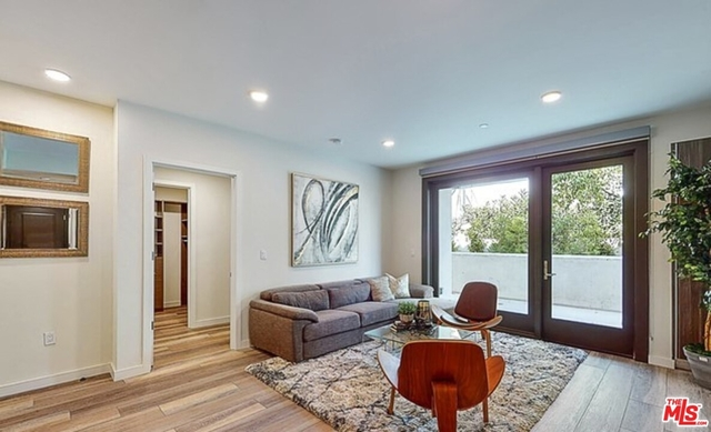 2 Bedrooms, South Robertson Rental in Los Angeles, CA for $3,750 - Photo 1