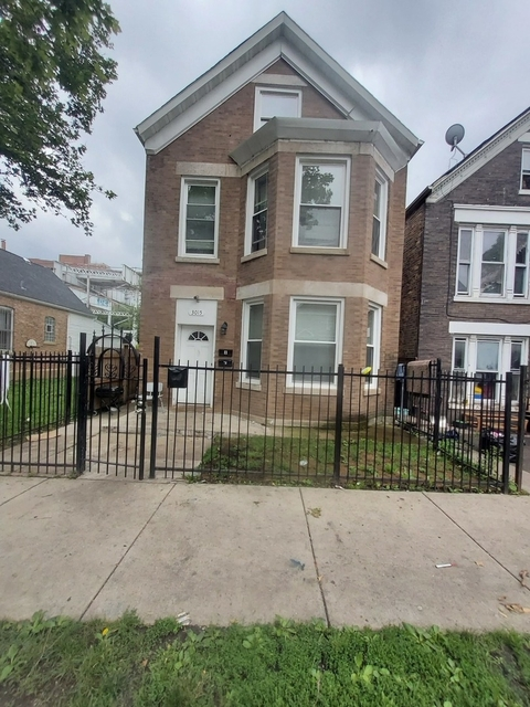 3 Bedrooms, Lawndale Rental in Chicago, IL for $1,350 - Photo 1