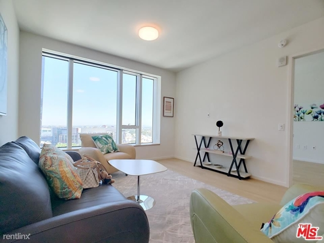 1 Bedroom, South Park Rental in Los Angeles, CA for $3,500 - Photo 1