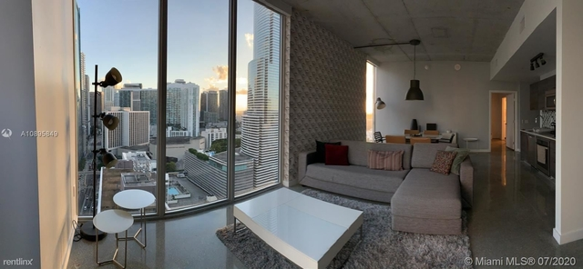 2 Bedrooms, Miami Financial District Rental in Miami, FL for $3,000 - Photo 1