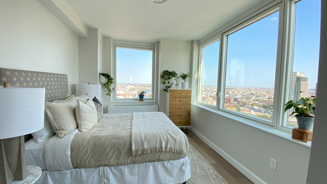 2 Bedrooms, Hunters Point Rental in NYC for $5,020 - Photo 1