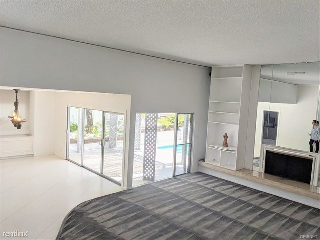 2 Bedrooms, Bel Air-Beverly Crest Rental in Los Angeles, CA for $6,795 - Photo 1
