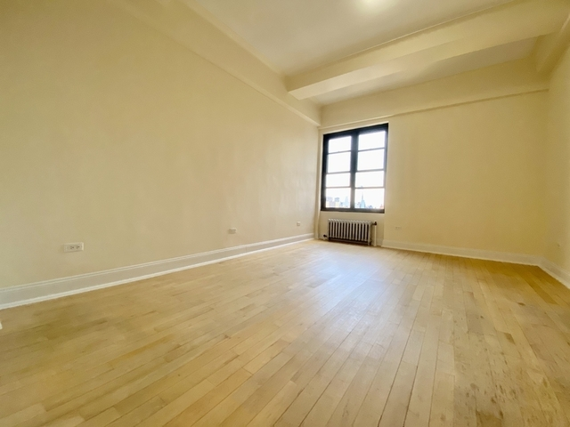 Studio, East Village Rental in NYC for $2,333 - Photo 1