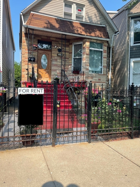 2 Bedrooms, Avondale Rental in Chicago, IL for $1,600 - Photo 1