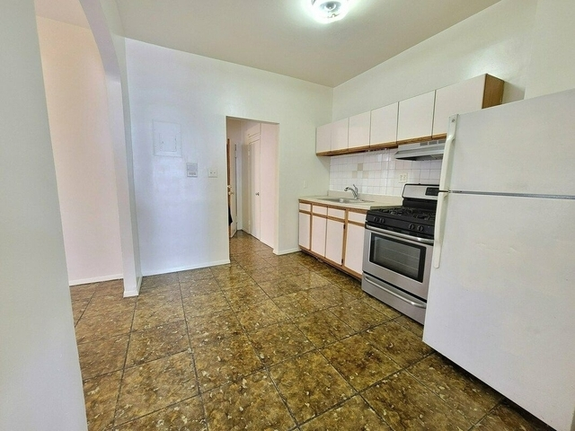 3 Bedrooms, Brownsville Rental in NYC for $2,300 - Photo 1