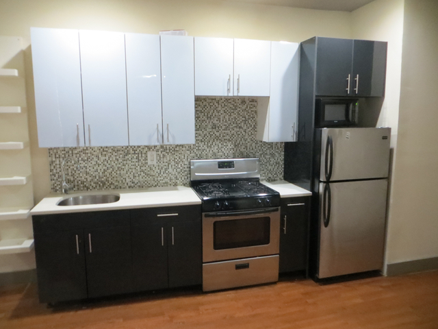 3 Bedrooms, Crown Heights Rental in NYC for $2,750 - Photo 1
