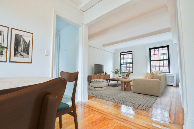 3 Bedrooms, Lenox Hill Rental in NYC for $6,695 - Photo 1