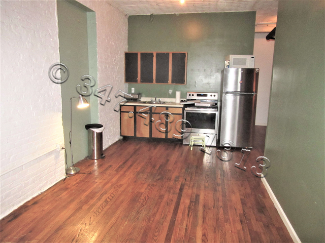 3 Bedrooms, Williamsburg Rental in NYC for $3,399 - Photo 1