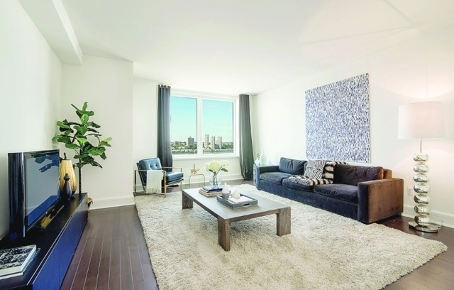 2 Bedrooms, Lincoln Square Rental in NYC for $8,525 - Photo 1